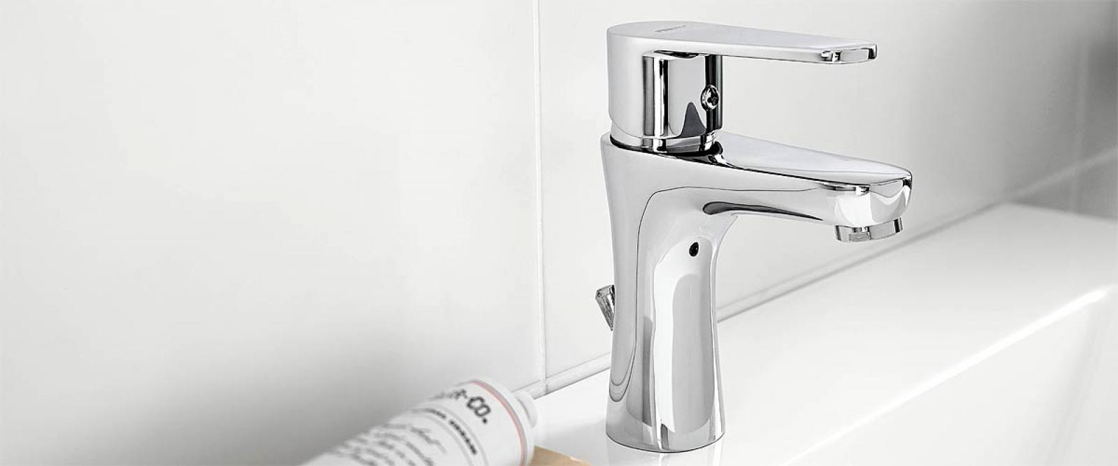 Badmöbel-Set Lux NEW Schwarz Hochglanz/Weiß KERAMIK Waschbecken Badezimmer  Led Beleuchtung Badezimmermöbel Keramikbecken