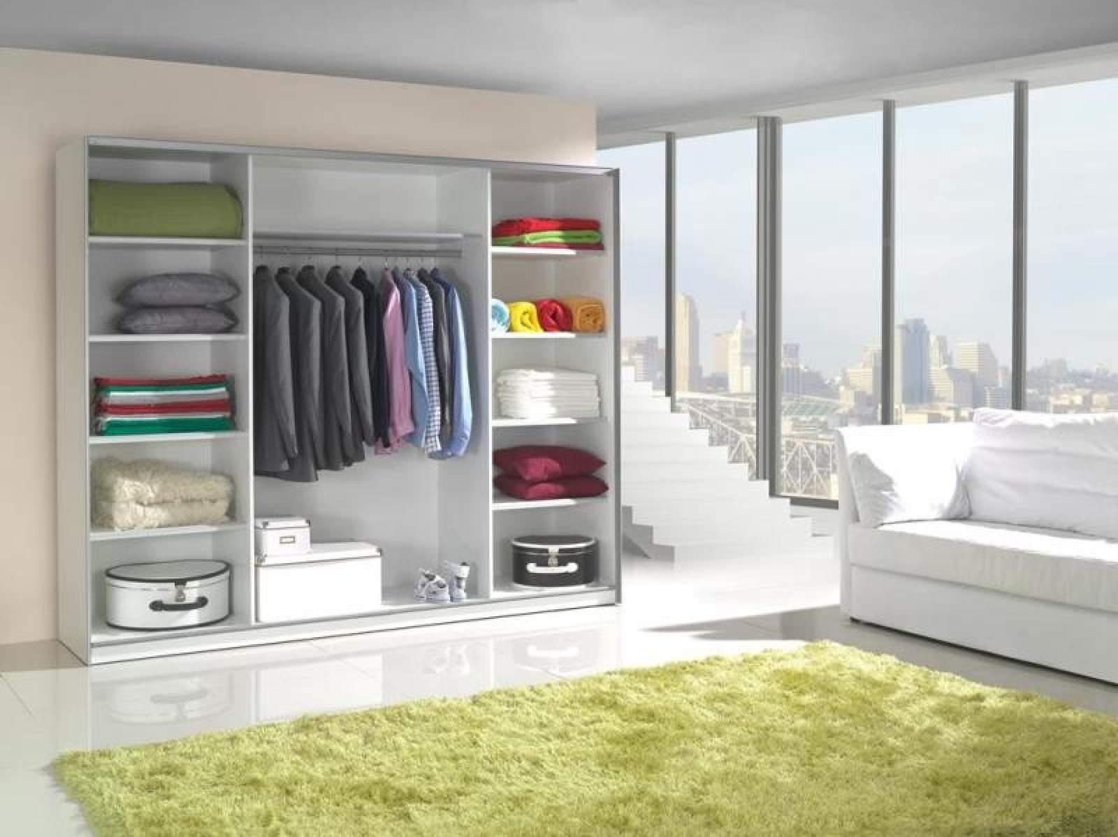 Kleiderschrank spiegel modern  KAUFEXPERT - Schwebetürenschrank 244 cm Strip Weiß Kleiderschrank ...